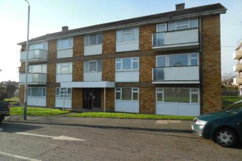 Bevan Way, Hornchurch, Essex, RM12 6DT. 2 bedroom flat