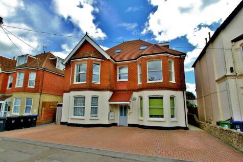 Queens Road, Worthing, BN11. 1 bedroom flat