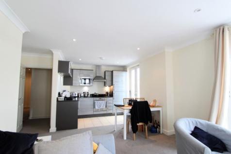Crescent Road, Worthing, BN11. 2 bedroom flat