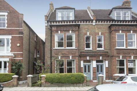 Cormont Road, Camberwell, SE5. 5 bedroom semi-detached house