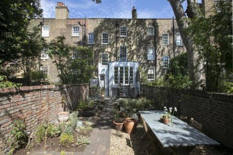 Grove Lane, Camberwell, SE5. 5 bedroom terraced house