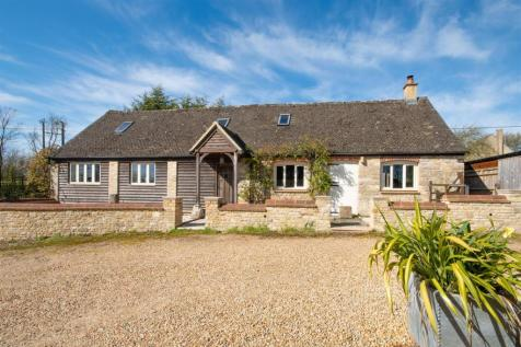 Oxford Hill, Witney. 3 bedroom barn conversion