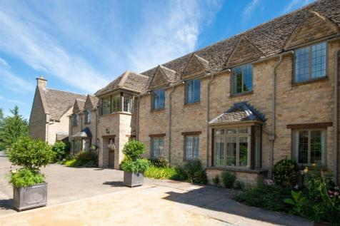 Shipton-Under-Wychwood, Oxfordshire. 2 bedroom apartment