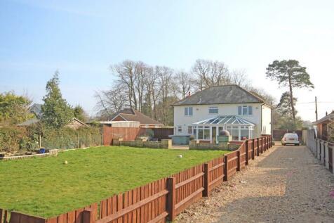 Sway Road Lymington. 4 bedroom detached house for sale