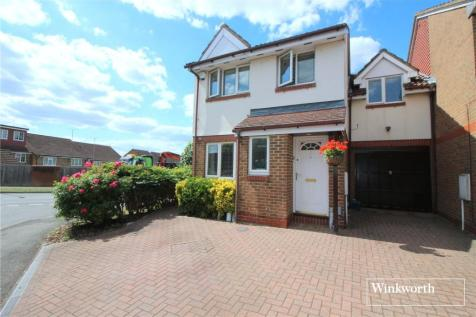 Milland Court, Borehamwood, Hertfordshire, WD6. 4 bedroom semi-detached house