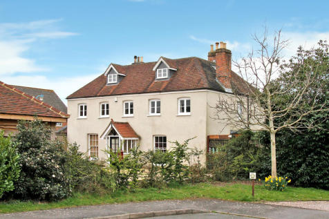 Purbrook, Hampshire. 5 bedroom detached house for sale