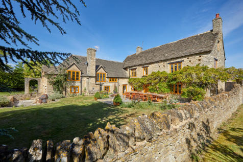 Long Hanborough, Oxfordshire, OX29. 6 bedroom detached house