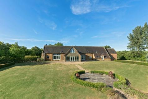 The Cooperage, Ilmington, Shipston-on-Stour, Warwickshire, CV36. 6 bedroom barn conversion for sale