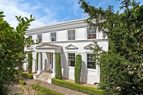 Pennsylvania Road, Exeter, Devon, EX4. Detached house for sale