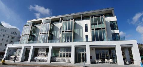 Apartment 6, Rivage Apartments, Pier Street, Plymouth, Devon, PL1. 2 bedroom flat