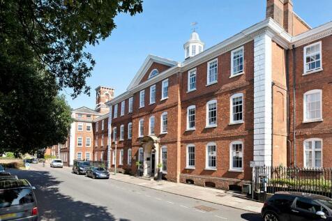 Southernhay East, Exeter, Devon, EX1. 2 bedroom flat for sale