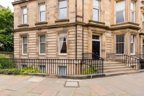 Rothesay Terrace, West End, Edinburgh, EH3. 5 bedroom flat for sale