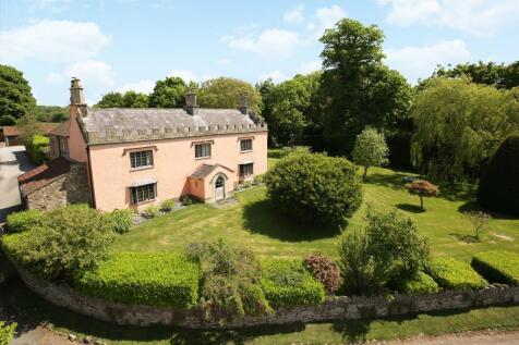 Over Lane, Almondsbury, Bristol, Gloucestershire, BS32. 5 bedroom farm house
