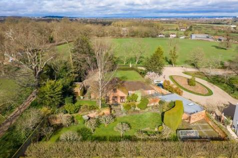 Crimp Hill Road, Old Windsor, Windsor, Berkshire, SL4. 5 bedroom detached house for sale