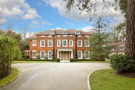 Heathfield Avenue, Sunninghill, Ascot, Berkshire, SL5. 7 bedroom detached house for sale