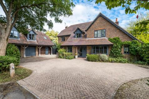 Butts Green, Lockerley, Romsey, Hampshire, SO51. 6 bedroom detached house