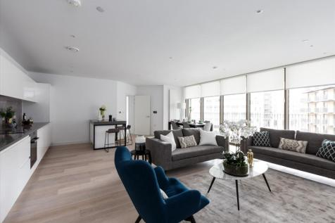 09C.02.15, Compass House, Royal Wharf, London, E16. 4 bedroom flat for sale