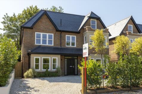 St. Omer Road, Guildford, Surrey, GU1. 5 bedroom detached house