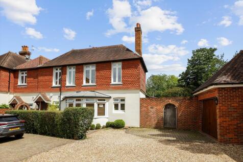 Downside Place, Warren Road, Guildford, Surrey, GU1. 3 bedroom semi-detached house