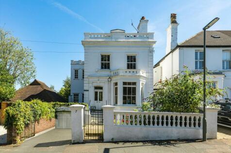 Austen Road, Guildford, Surrey, GU1. 6 bedroom detached house