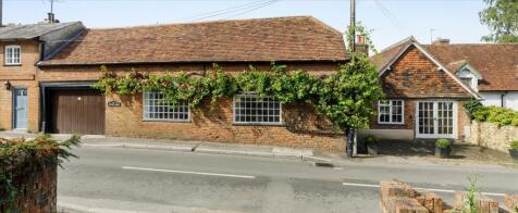 The Street, Puttenham, Guildford, Surrey, GU3. 4 bedroom detached house for sale