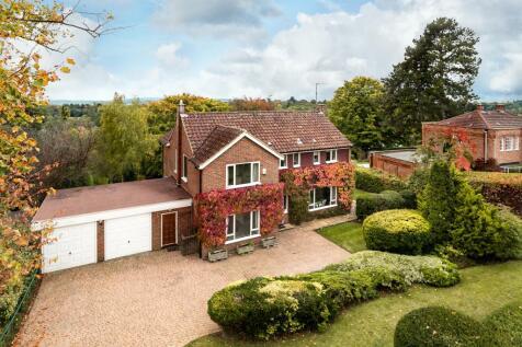 Guildown Avenue, Guildford, Surrey, GU2. 4 bedroom detached house for sale