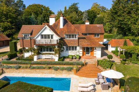 Guildown Road, Guildford, Surrey, GU2. 6 bedroom detached house for sale
