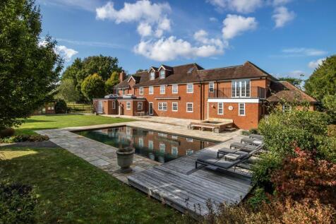 Broom Lane, Langton Green, Tunbridge Wells, Kent, TN3. 6 bedroom detached house for sale