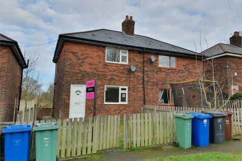 Ashwood Avenue, Ramsbottom, Bury. 2 bedroom semi-detached house