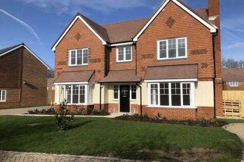 5 BEDROOMS £824,995. 5 bedroom detached house