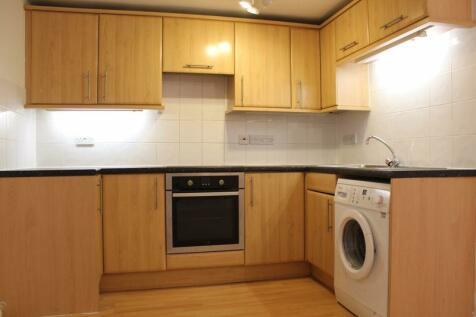 Hanover Place, Cheltenham. 2 bedroom ground floor flat
