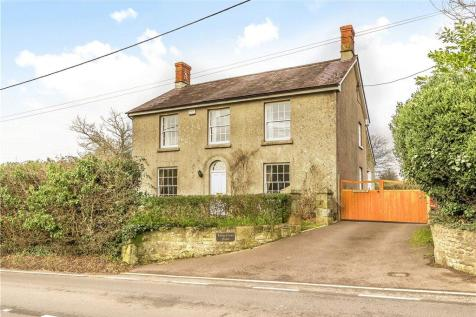 Long Cross, Shaftesbury, Dorset. 4 bedroom detached house