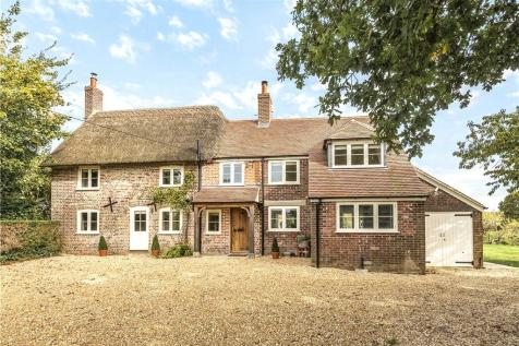 Gold Hill, Child Okeford, Blandford Forum, Dorset. 3 bedroom detached house