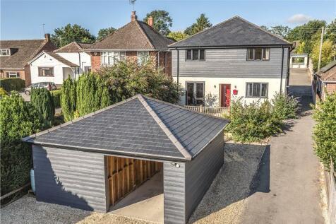 Nash Lane, Yeovil, Somerset. 4 bedroom detached house