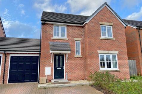 Harbin Close, Yeovil, Somerset. 4 bedroom detached house