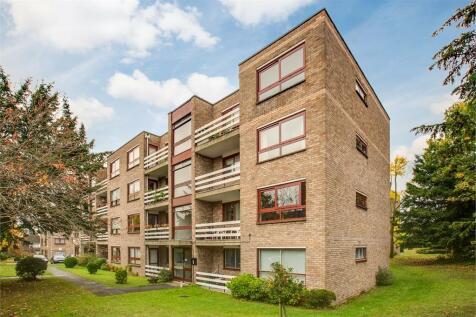Kent Avenue, Ealing, Ealing, London.. 2 bedroom flat