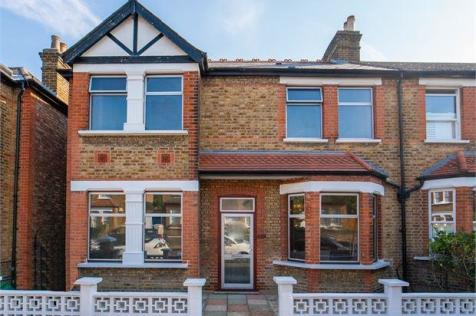 Kingsley Avenue, Ealing,. 3 bedroom semi-detached house for sale