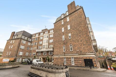 College Crescent, London, NW3. Studio apartment