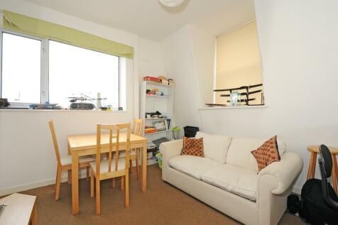 Linden Gardens, Notting Hill, W2. 1 bedroom apartment