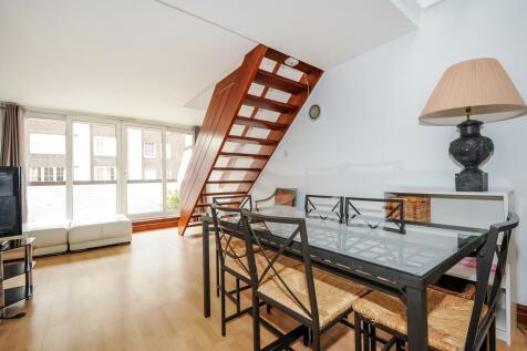 Consort House, Queensway, W2. 3 bedroom apartment