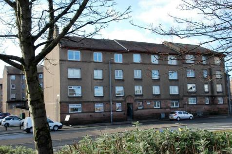 High Street, GREENOCK UNFURNISHED. 3 bedroom flat