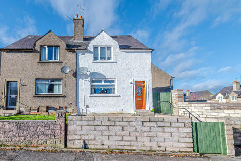 Milton Brae , Bannockburn. 2 bedroom semi-detached house