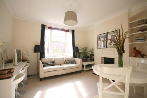 Arnold Mansions, Queens Club Gardens, W14. 2 bedroom terraced house
