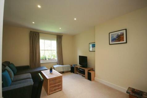 Palliser Road, W14. 1 bedroom flat