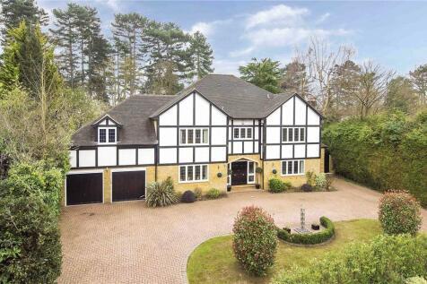 Beech Close, Cobham, Surrey, KT11. 5 bedroom detached house for sale