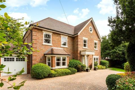 Fortyfoot Road, Leatherhead, Surrey, KT22. 5 bedroom detached house for sale