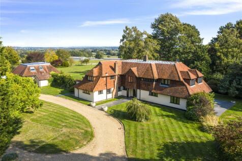 Ockham Lane, Cobham, Surrey, KT11. 5 bedroom detached house for sale