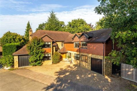 Sandy Court, Sandy Lane, Cobham, Surrey, KT11. 5 bedroom detached house