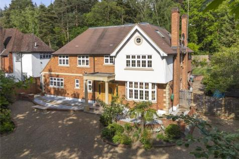 Seven Hills Road, Cobham, Surrey, KT11. 5 bedroom detached house