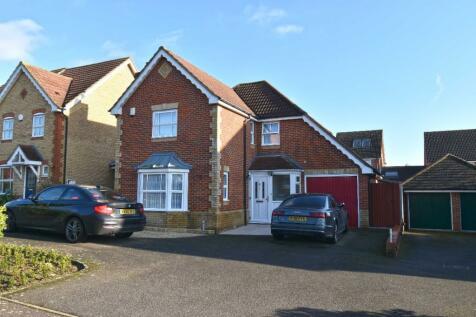 Little Grove Avenue, Waltham Cross, Hertfordshire, EN7. 4 bedroom detached house for sale